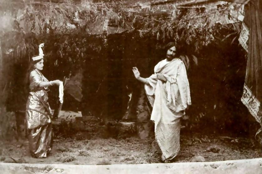 পাঠ্যক্রমে নৃত্য : রবীন্দ্রনাথের নতুন সংযোজন